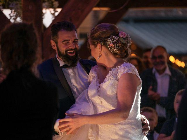 Le mariage de Felipe et Emmanuelle à Bourges, Cher 85