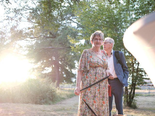 Le mariage de Felipe et Emmanuelle à Bourges, Cher 88