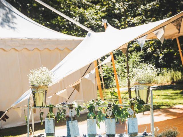 Le mariage de John et Becca à Saint-Quentin-la-Tour, Ariège 26