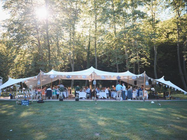 Le mariage de John et Becca à Saint-Quentin-la-Tour, Ariège 38