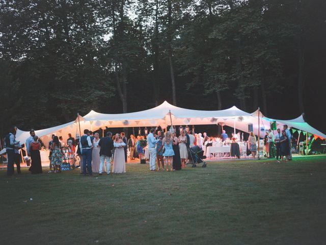 Le mariage de John et Becca à Saint-Quentin-la-Tour, Ariège 42