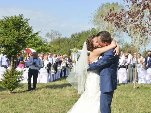 Le mariage de Charly et Emilie à Les Bréviaires, Yvelines 9