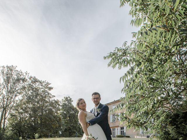 Le mariage de Romain et Cynthia à Maubec, Isère 7