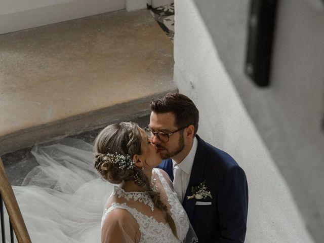 Le mariage de Romain et Cynthia à Maubec, Isère 8
