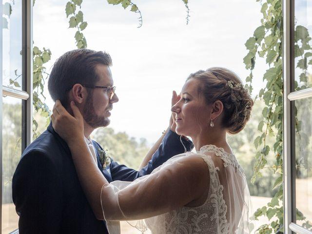 Le mariage de Romain et Cynthia à Maubec, Isère 9
