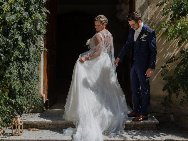 Le mariage de Romain et Cynthia à Maubec, Isère 14