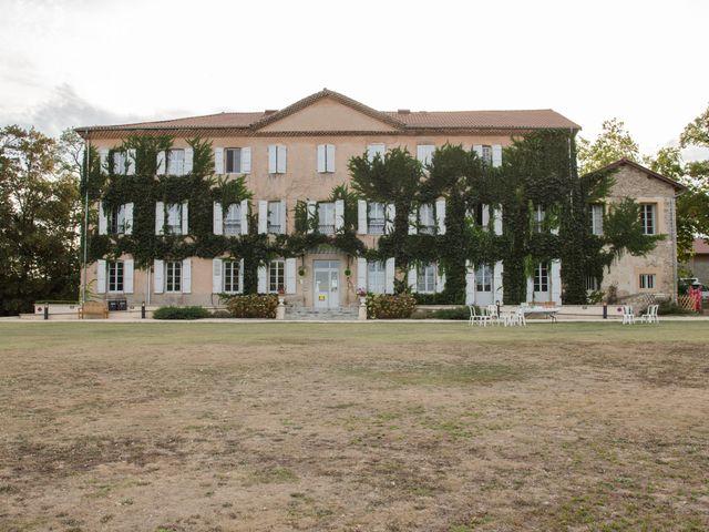 Le mariage de Romain et Cynthia à Maubec, Isère 18