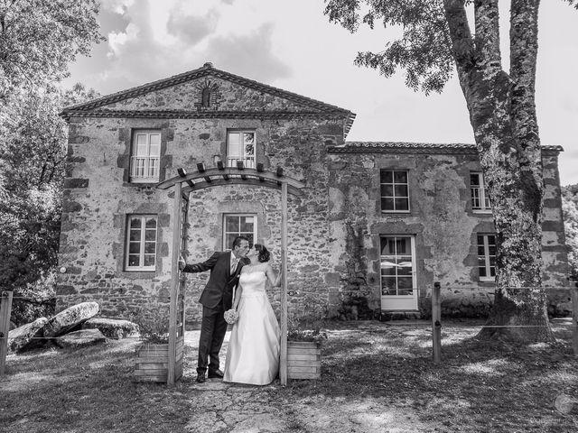Le mariage de Anne-Marie et Olivier à Saint-Malo-du-Bois, Vendée 23