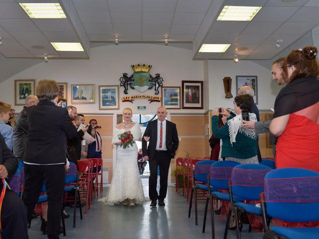 Le mariage de Romain et Delphine à Locmaria-Plouzané, Finistère 7