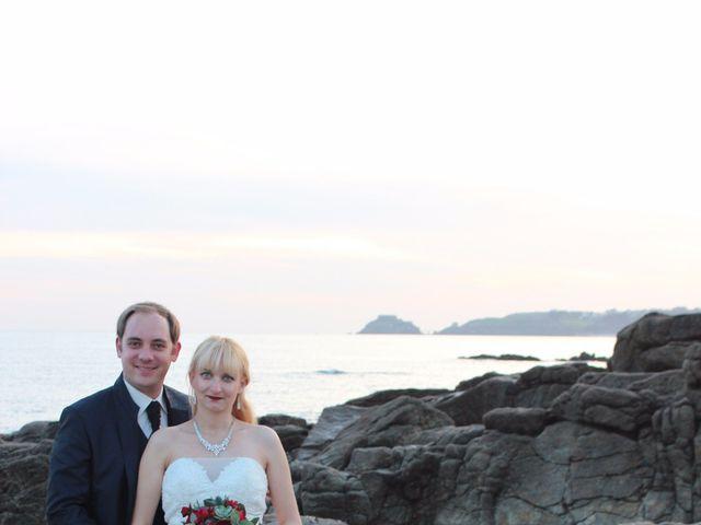 Le mariage de Romain et Delphine à Locmaria-Plouzané, Finistère 32