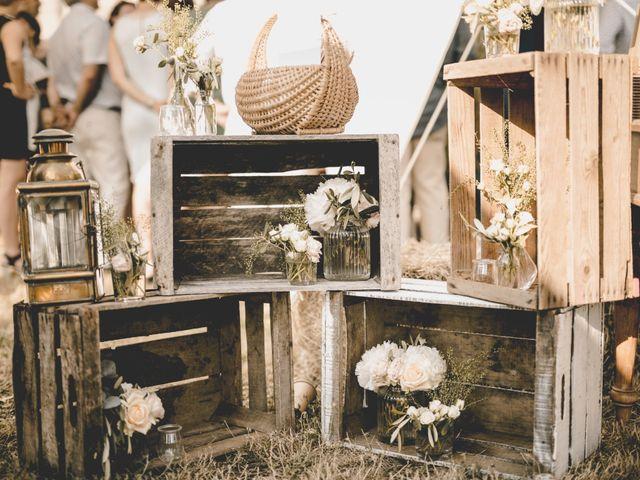 Le mariage de Alexis et Maëlle à Verfeuil, Gard 8