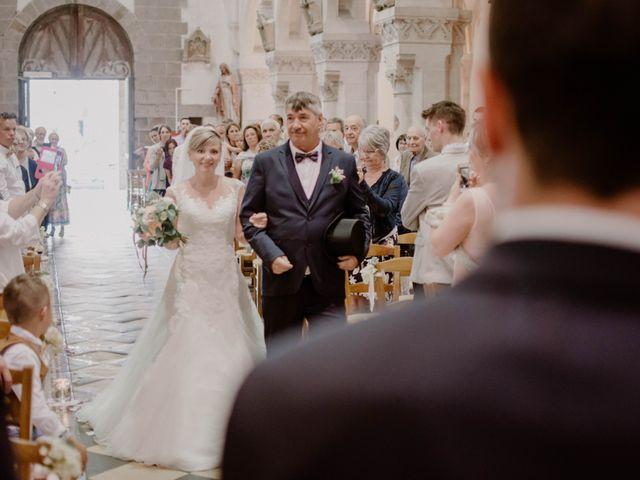 Le mariage de Florian et Solène à Athis de l'Orne, Orne 22