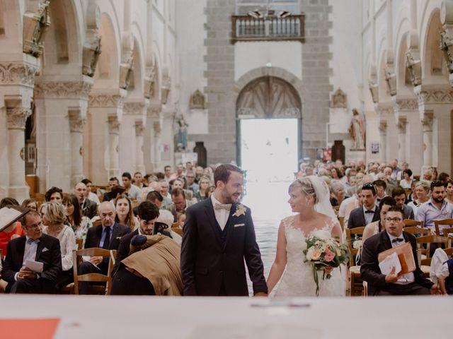 Le mariage de Florian et Solène à Athis de l'Orne, Orne 23