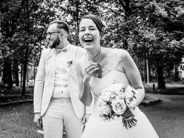 Le mariage de Yoann et Catherine à Chambles, Loire 42