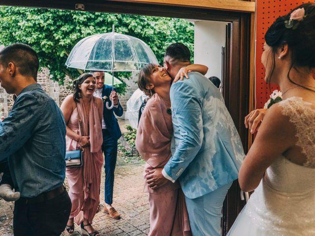 Le mariage de Yoann et Catherine à Chambles, Loire 48