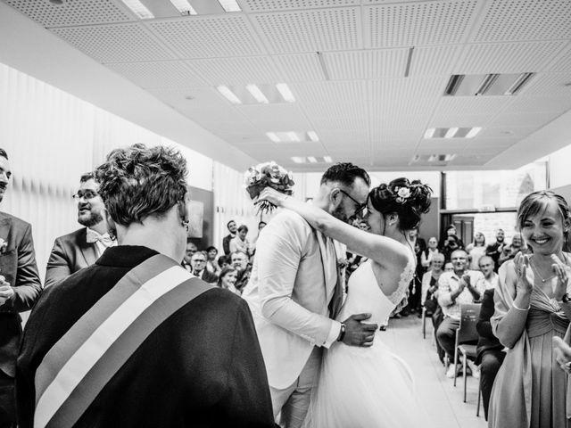 Le mariage de Yoann et Catherine à Chambles, Loire 54