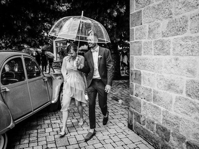 Le mariage de Yoann et Catherine à Chambles, Loire 63