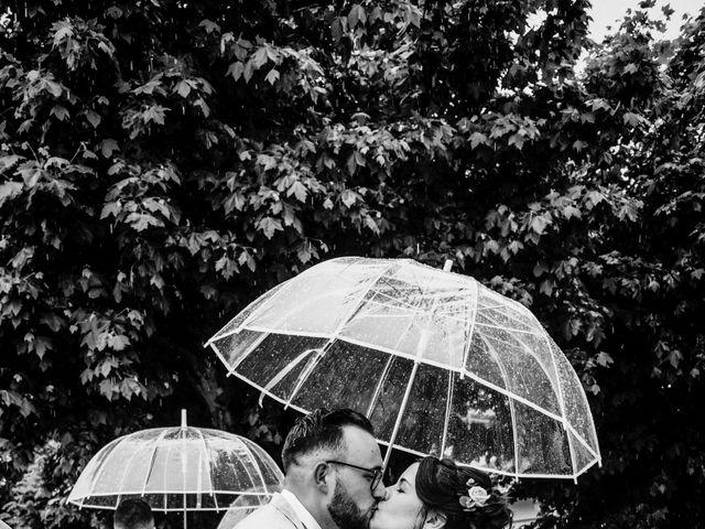 Le mariage de Yoann et Catherine à Chambles, Loire 64