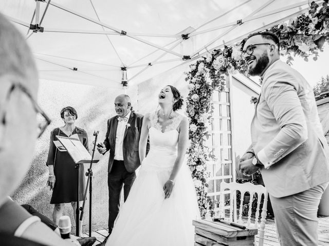 Le mariage de Yoann et Catherine à Chambles, Loire 85