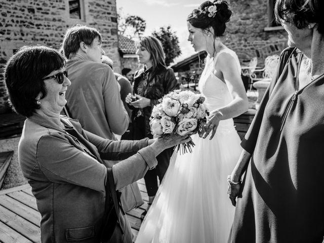 Le mariage de Yoann et Catherine à Chambles, Loire 99