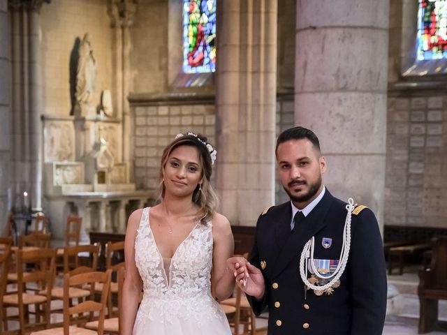 Le mariage de Chaïb et Raylane à Orléans, Loiret 12