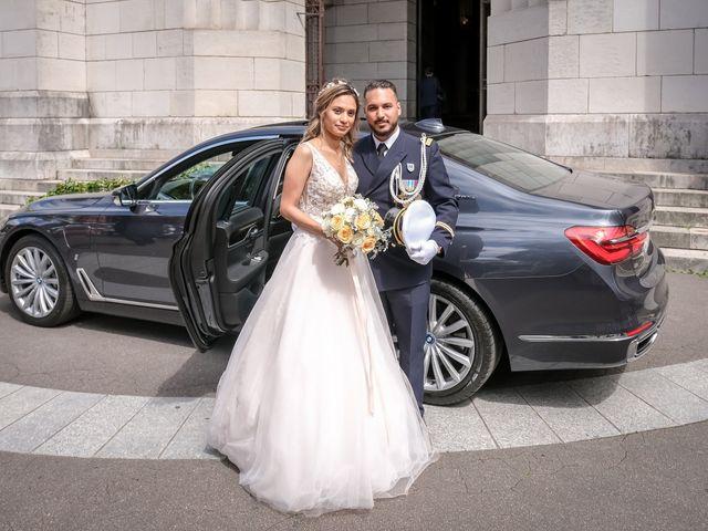 Le mariage de Chaïb et Raylane à Orléans, Loiret 18