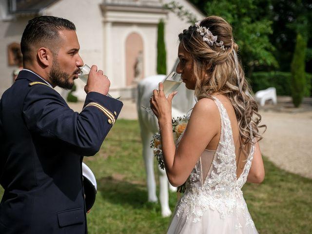 Le mariage de Chaïb et Raylane à Orléans, Loiret 28