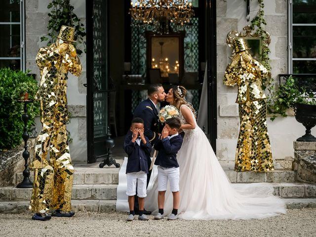 Le mariage de Chaïb et Raylane à Orléans, Loiret 37