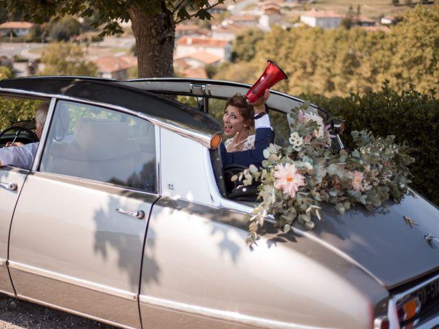 Le mariage de Nicolas et Elodie à Chalais, Charente 25