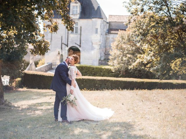 Le mariage de Nicolas et Elodie à Chalais, Charente 28
