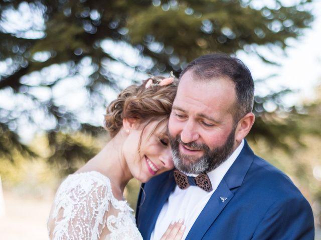 Le mariage de Nicolas et Elodie à Chalais, Charente 30