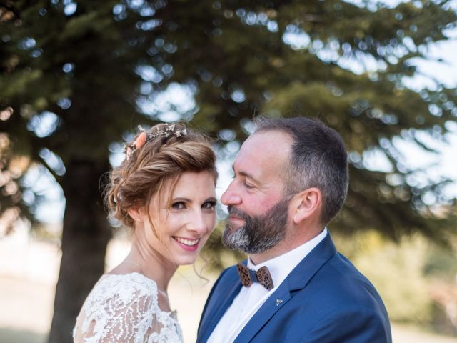 Le mariage de Nicolas et Elodie à Chalais, Charente 31