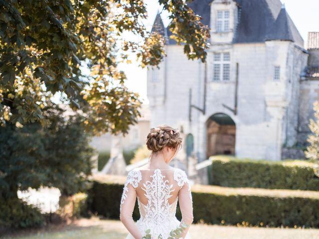 Le mariage de Nicolas et Elodie à Chalais, Charente 35