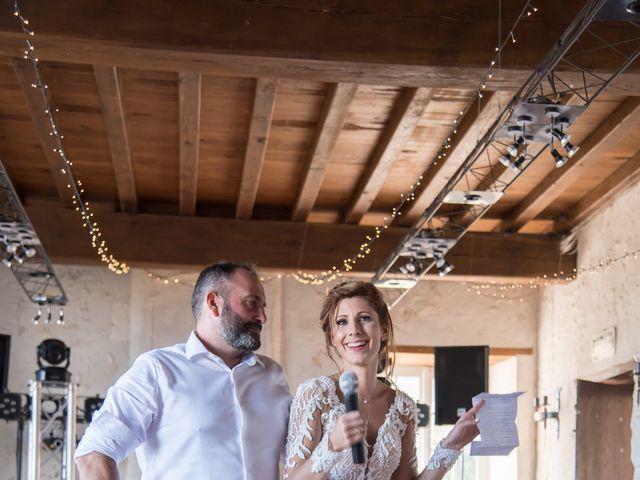 Le mariage de Nicolas et Elodie à Chalais, Charente 44