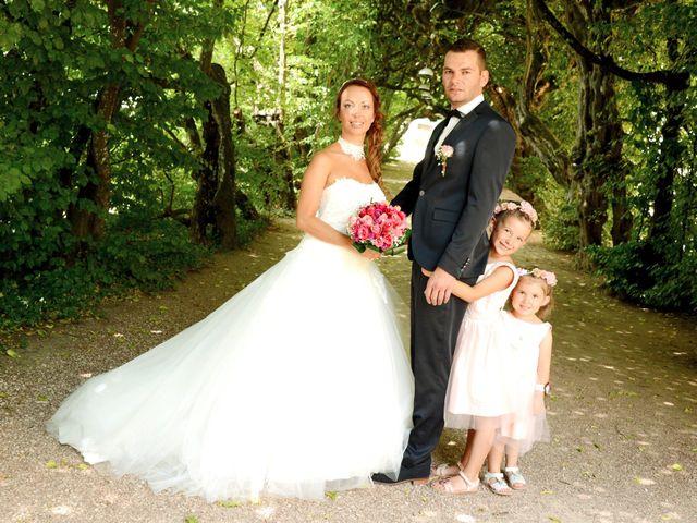 Le mariage de Aurélien et Marjorie à Saint-Trivier-sur-Moignans, Ain 8