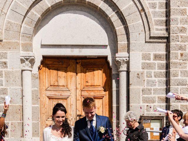 Le mariage de Romain et Justine à Saint-Genest-Malifaux, Loire 6