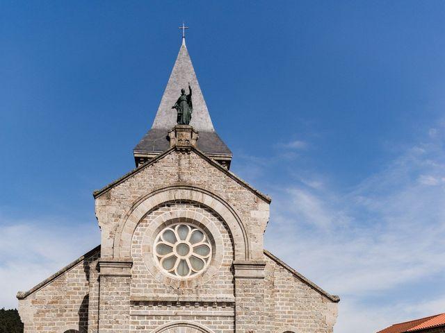 Le mariage de Romain et Justine à Saint-Genest-Malifaux, Loire 8