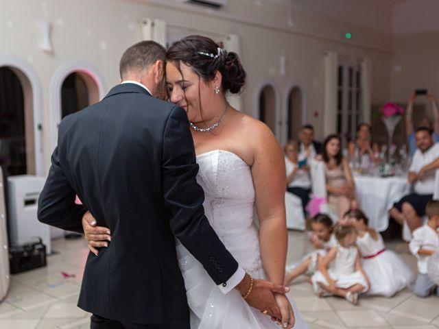 Le mariage de Steve et Emilie à Pierrefeu-du-Var, Var 15