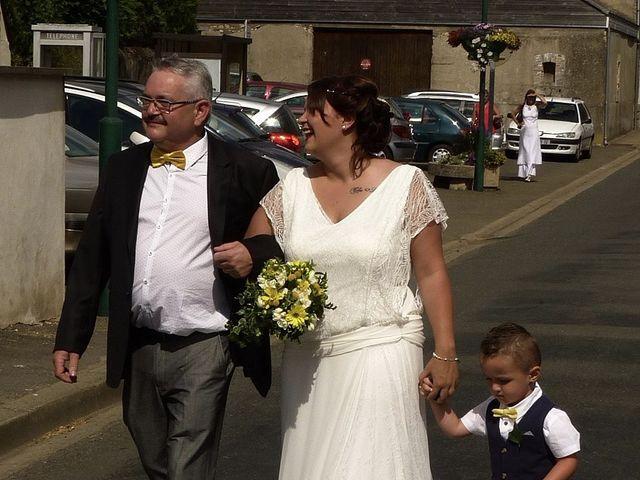 Le mariage de Mickaël et Charlotte à Tennie, Sarthe 12