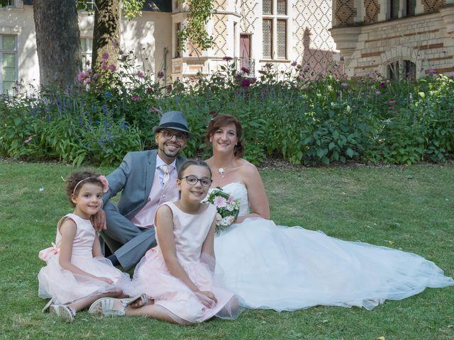 Le mariage de Khalil et Laure à Orléans, Loiret 13