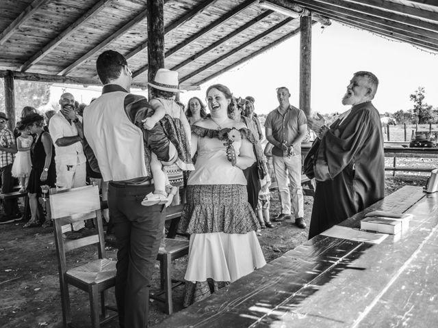 Le mariage de J-c et Julie à Arles, Bouches-du-Rhône 14