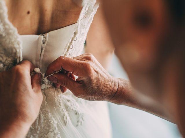 Le mariage de Maxime et Charlène à Mornand-en-Forez, Loire 5
