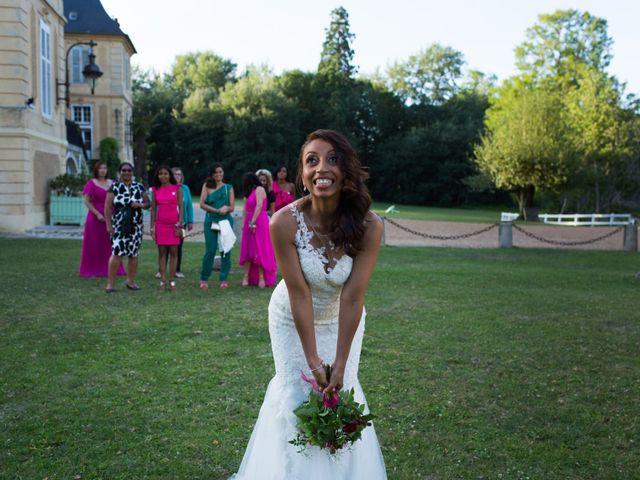Le mariage de Julien et Juanita à Vaugrigneuse, Essonne 5