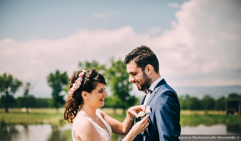 Le mariage de Maxime et Charlène à Mornand-en-Forez, Loire