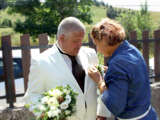 Le mariage de Jean-Claude et Mélanie à Belvezet, Lozère 6