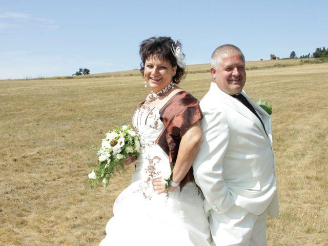 Le mariage de Jean-Claude et Mélanie à Belvezet, Lozère 10