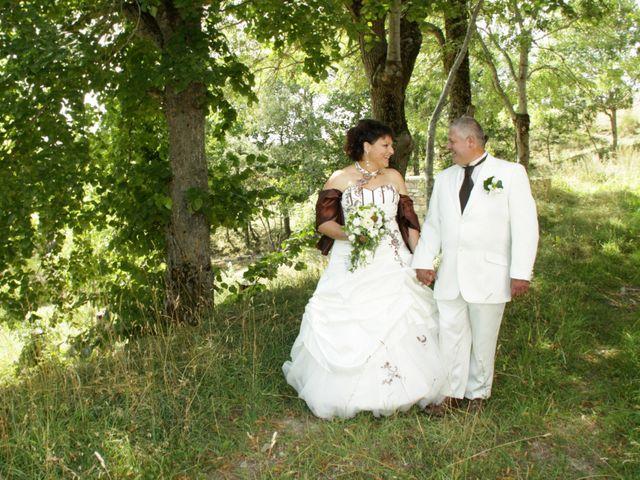 Le mariage de Jean-Claude et Mélanie à Belvezet, Lozère 15