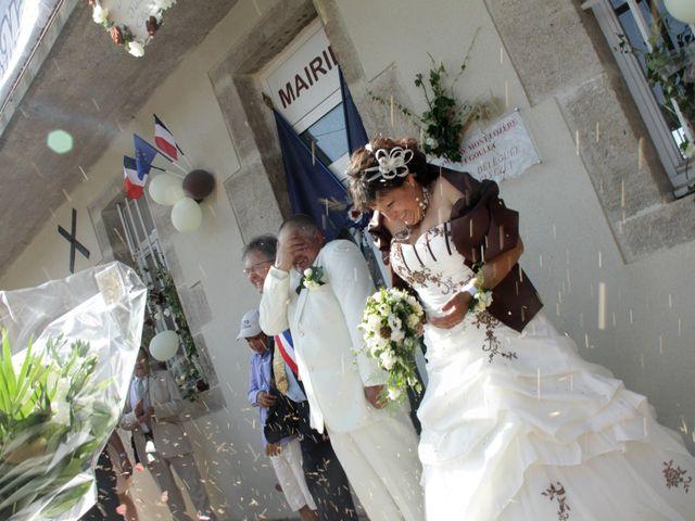 Le mariage de Jean-Claude et Mélanie à Belvezet, Lozère 32