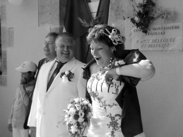 Le mariage de Jean-Claude et Mélanie à Belvezet, Lozère 33