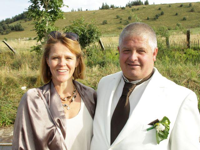 Le mariage de Jean-Claude et Mélanie à Belvezet, Lozère 55